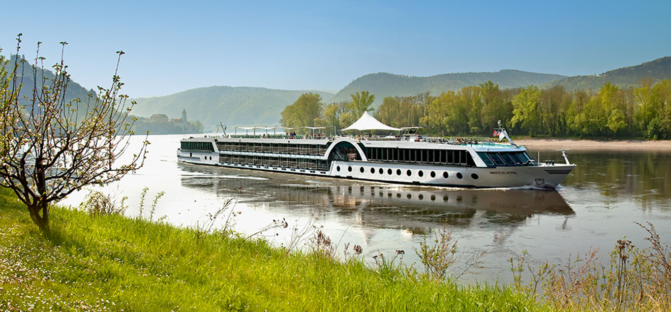 Ihr First-Class-Schiff: MS Amadeus Royal